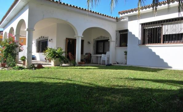 House Pueblo Nuevo – Ref. 138